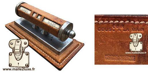accessoire de bureau cuir moynat ancien