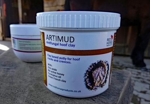 Artimud aus England - zur Bekämpfung von Strahlfäule
