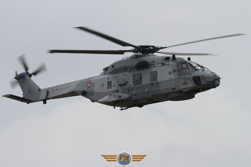 Photo 9:NH-90 Caïman - Rennes 2012