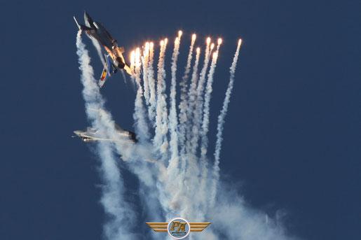 Symbole de l'amitié Franco-belge, patrouille F-16 et Rafale dans le ciel de Lens