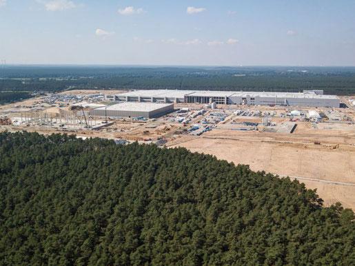 Gigafabrik Grünheide: Im September 2021 noch im Bau. (Bild: Twitter-User @Albrecht_Kohler)