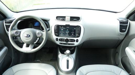 Armaturenbrett und Cockpit Kia Soul EV