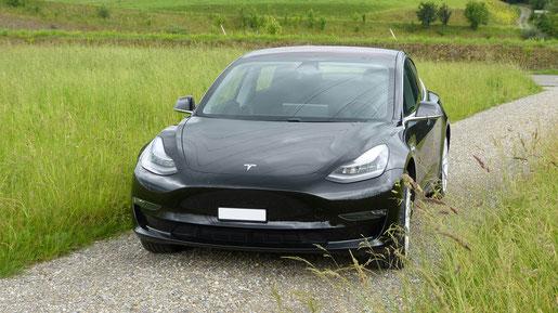 Tesla Model 3 Frontansicht