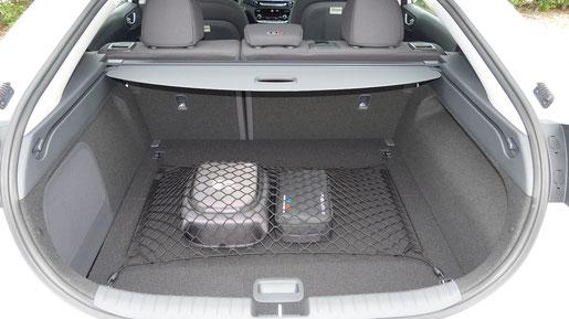 Kofferraum des Hyundai Ioniq Electric mit einem Fassungsvermögen von 445 Liter