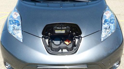 Aufladen Nissan Leaf CHAdeMO Gleichstrom