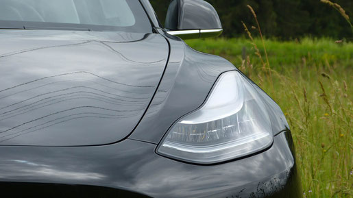 Tesla Model 3 Lieferung Schweiz