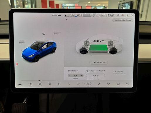 Tesla Model Y Touchscreen