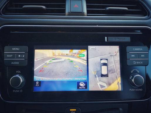 New Nissan Leaf Display und Rückfahrkamera
