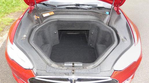 Tesla Model S Kofferraum vorne (Frunk)