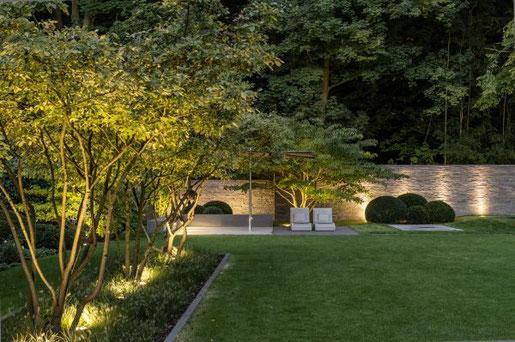 Foto: Graf Luckner/BGL.  Garten- und Landschaftsbauer können vertraute Experten als Lichtplaner empfehlen
