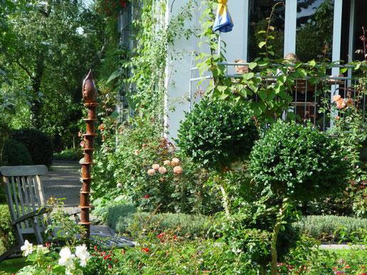 Die Pandemie hat dazu geführt, dass viele Menschen ihr Haus und ihren Garten neu kennen und schätzen gelernt haben