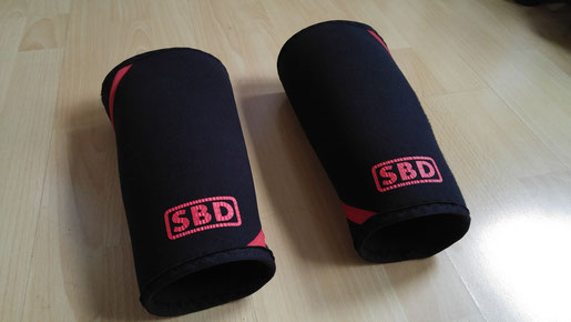 SBD Sleeves Krafttraining crrossfit Bodybuilding stulpen powerlifting