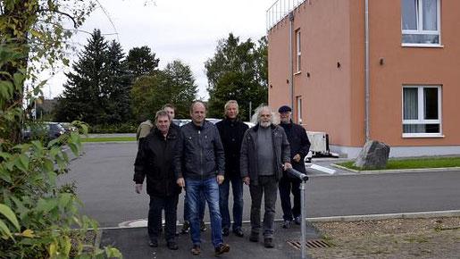 Der innerhalb nur einer Woche geschaffene direkte und barrierefreie Zugang spart einen halben Kilometer Umweg zum Friedhof und ins Breiniger Geschäftszentrum. Foto: D. Müller