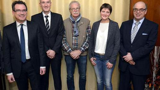 Fritz Thiermann (v. l.), Michael Thomas, Bernd Stickeler, Beate Lang und Walter Wahlen bilden den neuen geschäftsführenden Vorstand des CDU-Ortsverbands Büsbach, Dorff, Liester, Münsterbusch. Foto: D. Müller