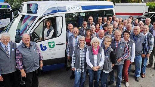 Die Fahrermannschaft bei der Einweihung unseres 3. Bürgerbusses