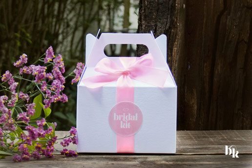 Bild: Bridal Kit | http://de.dawanda.com/shop/BridalKit