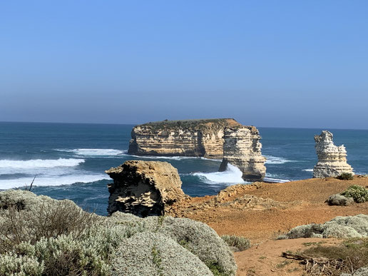 The Great Ocean Road with no tourists.