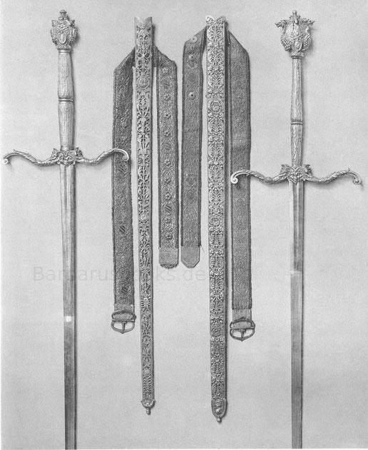 Zwei päpstlich geweihte Schwerter des 16. Jahrhunderts.