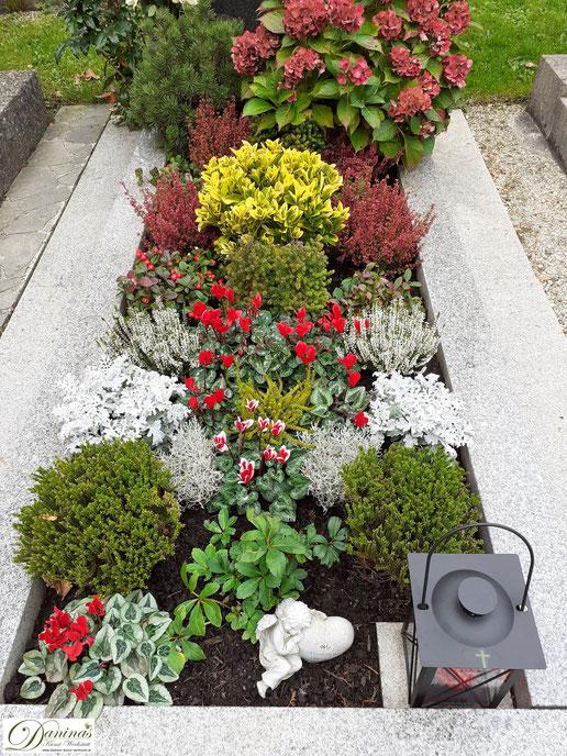 Grabgestaltung und Grabbepflanzung im Herbst. Beispiele und Ideen zum Selbermachen.