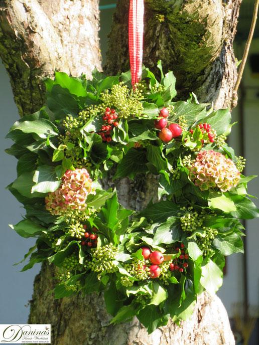 Bezaubernde Gartendekoration - selbstgemachter Herbstkranz  - DIY Bastelanleitung by Daninas-Kunst-Werkstatt