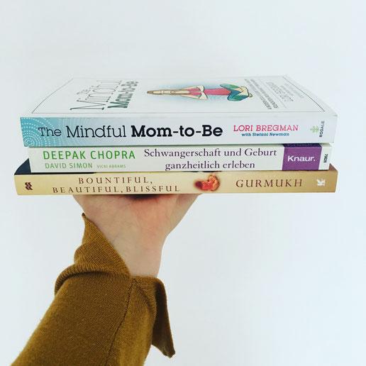 Yoga-Bücher für Schwangerschaft und Geburt