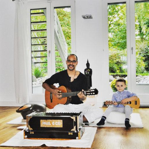 Steven Lopéz ist Musiker und Vater. Auf dem Yoga Mama Blog MOMazing erzählt er von seiner Liebe zur Musik und Mantren.