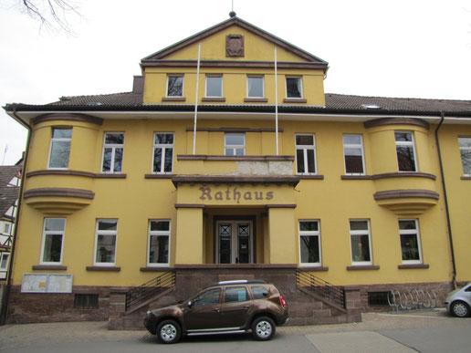"""... und am """"richtigen"""" Rathaus"""