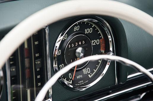 57 Mercedes 300SL roadster