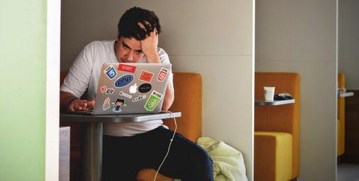 Sitzen macht krank - So neueste Studienergebnisse
