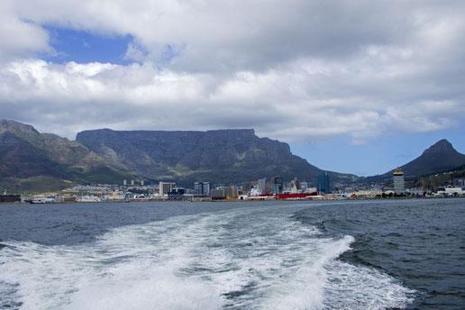 Blick auf Tafelberg und Kapstadt