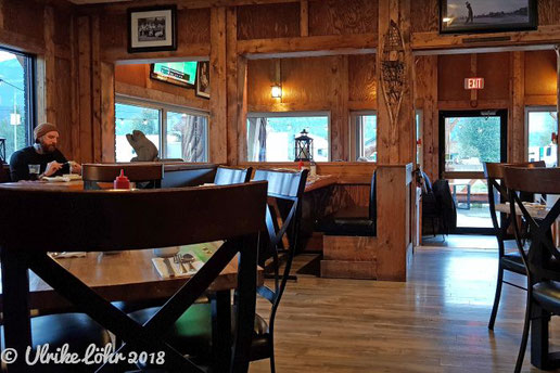 The Bears Den Burger Bar in Golden