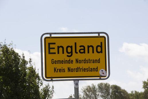 """England liegt auf der Halbinsel """"Nordstrand"""" ganz oben im Norden von Deutschland (C) mitabstand.sh"""