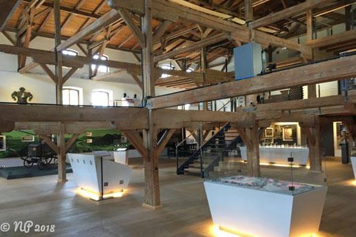 Helle und offene Ausstellungsräume