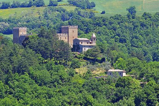 Locanda dell'Istrice am Fuße der Burg Rocca d'Ajello