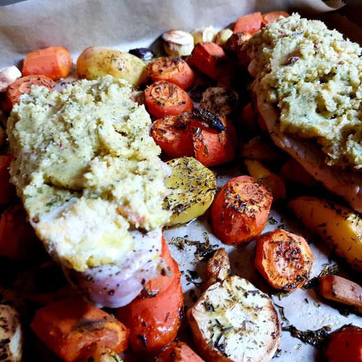 Putenschnitzel auf Gemüse