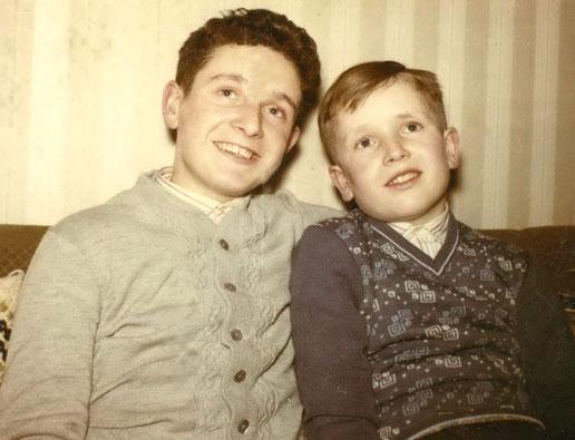 Henning mit Bruder Thomas (rechts)