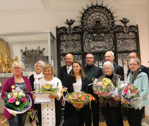 Vorstandsmitglieder und Kuratoren bei der Eröffnung der neuen Schauräume des Bezirksmuseums Alsergrund (ALSEUM)