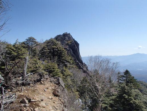 にゅう 雪山 ガイド