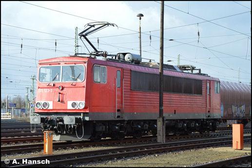Am 12. Februar 2019 rückt 155 123-3 am Hbf. Cottbus gerade zu einem Einsatz aus