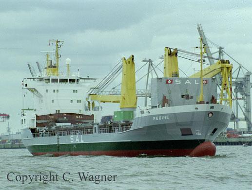 Heavy Lift Vessel der SAL des Typs 132, REGINE