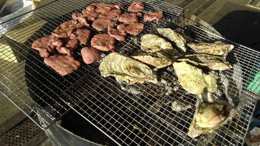 牛タンと厚岸牡蠣