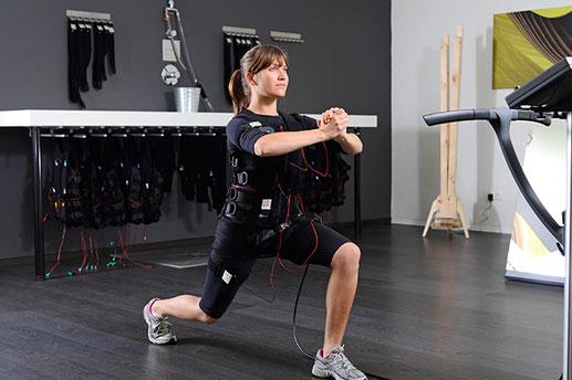 EMS Training zu Hause oder im Studio Frauen und Männer