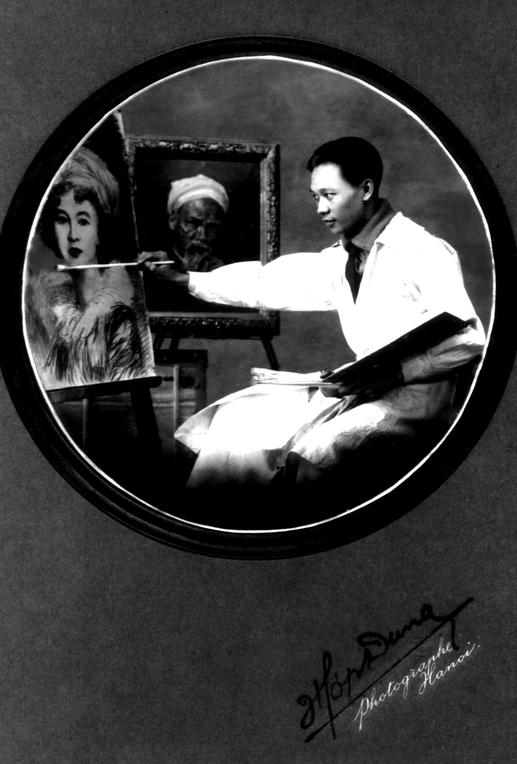 1923. NAM SON à SON CHEVALET. Photographe HOP DUNG. C* DINH T. H.