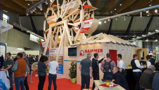 """Messe """"Dach + Holz"""" 2020 in Stuttgart - der Hingucker: das """"Hammer-Riesenrad"""""""