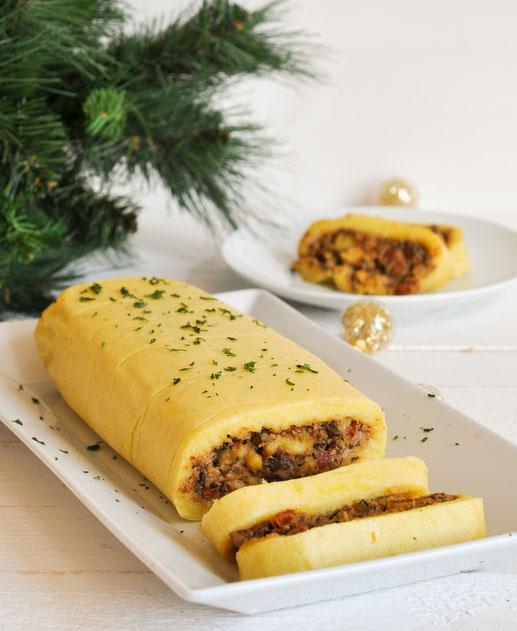 Kartoffelrolle mit Tomaten-Pilz-Füllung, vegetarische Weihnachten, Alternative zu Kartoffelklößen, vegan machbar, Thermomix