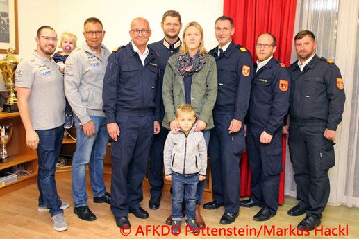 Feuerwehr; Blaulicht; BFKDO Baden; AFKDO Pottenstein; Spendenübergabe; verunglückter Feuerwehrkamerad; Furth a.d. Triesting;
