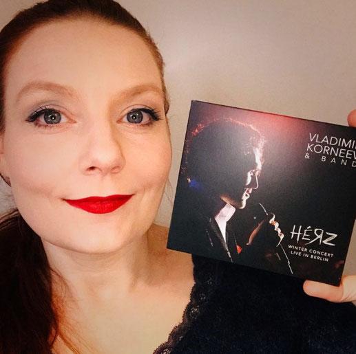 Mit meiner Trostpflaster-CD:  Livemitschnitt von Vladimir Korneevs Show WINTER