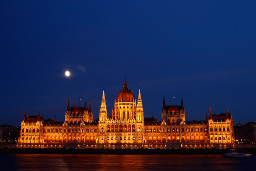 Parliament of Budapest at night, full moon, Eastern Europe Trip