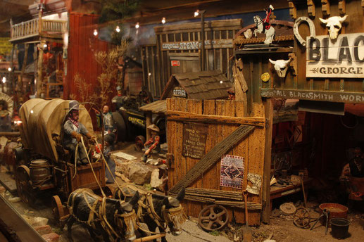 Tinkertown Museum mit Holzfiguren in New Mexico