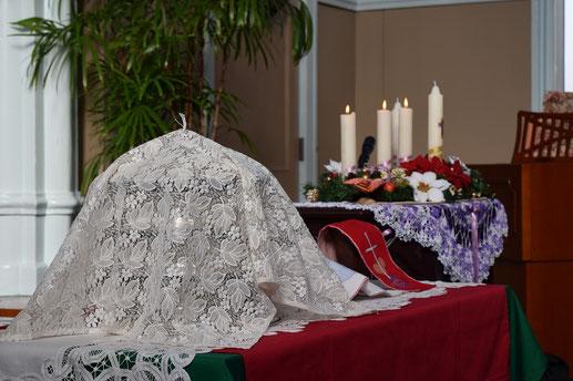 2015年クリスマス礼拝の日曜日の聖餐卓です